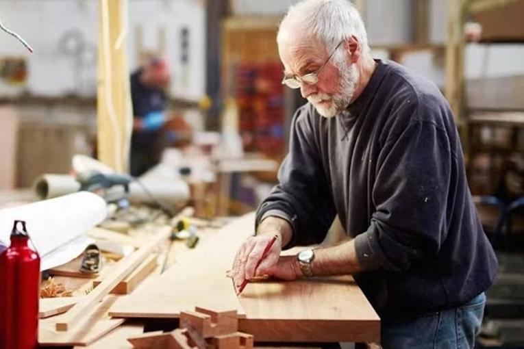 работа на пенсии, фото