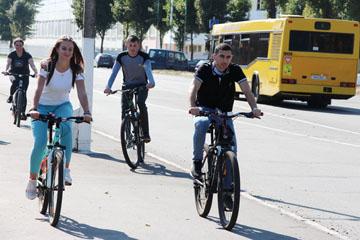 европейская неделя мобильности, химики на велосипедах, фото