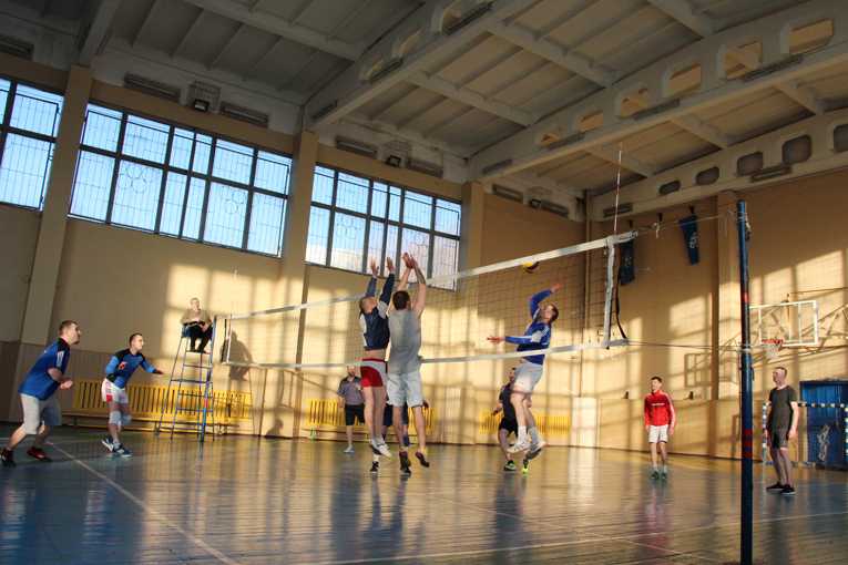 Игры финала. Волейбол. ЦГВиТ против прядильного, фото